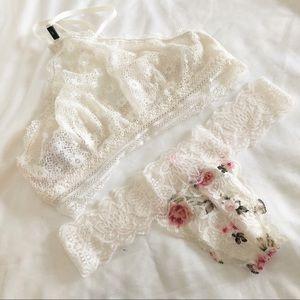 ✨🆕 Victoria's Secret l High Neck Lace Bralette